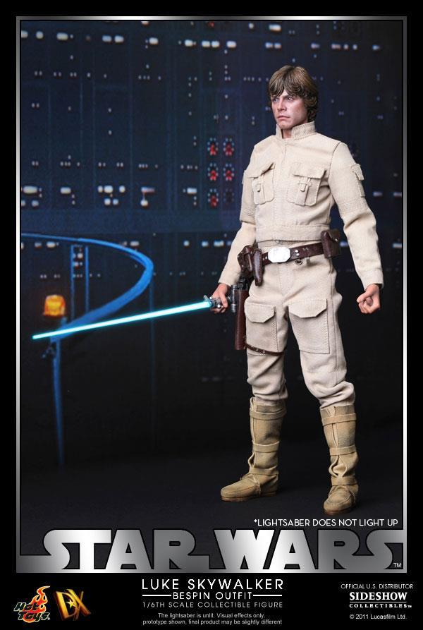 Star Wars Luke Skywalker Bespin Outfit Action Figure Set - DX Series image