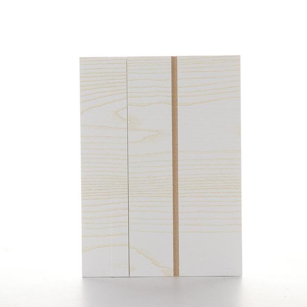 Wood Grain Smartphone Screen Amplifiers - White