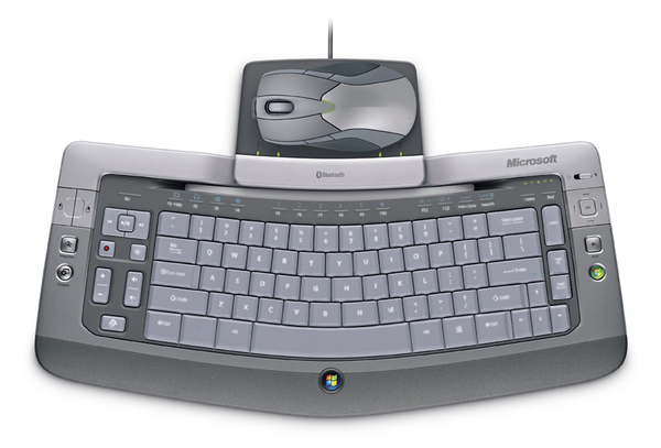 Microsoft Wireless Entertainment Desktop 8000 image