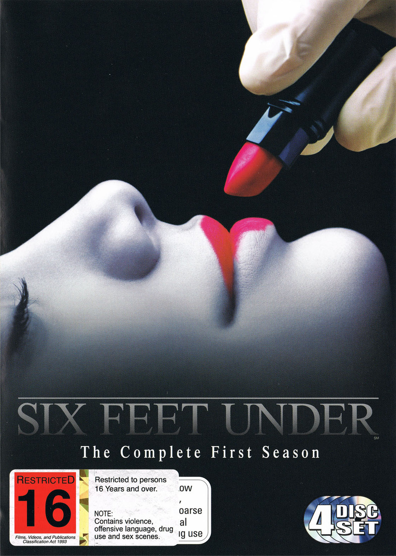 Six Feet Under - Complete First Season (4 Disc Box Set) on DVD image