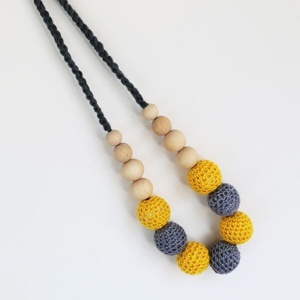 Munch: Natural Teething and Breastfeeding Necklace - Yellow