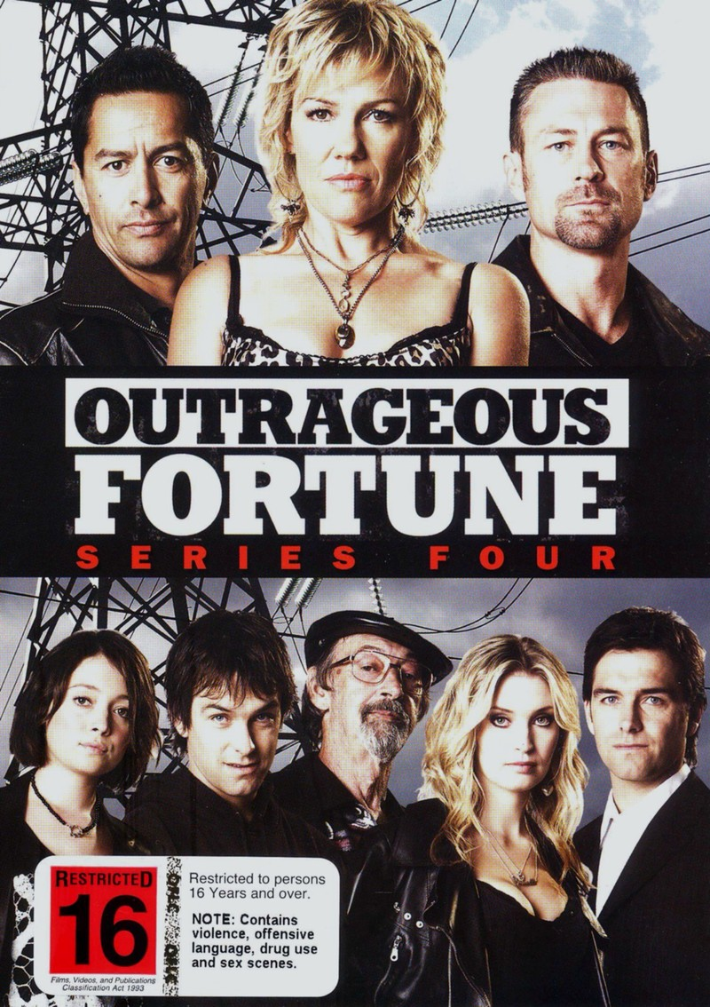 Outrageous Fortune - Series 4 (4 Disc Set) on DVD image