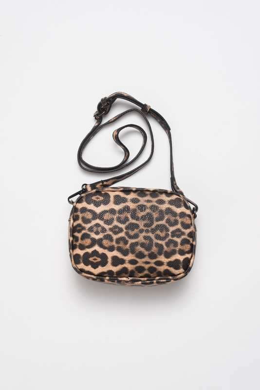 Stilen: Mila leopard bag