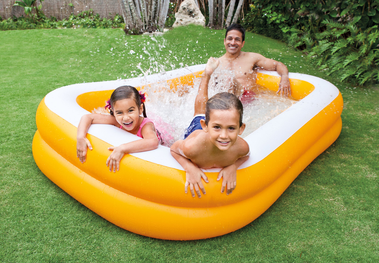 Intex swim center family pool mandarin toy at mighty ape australia for Intex swimming pools australia
