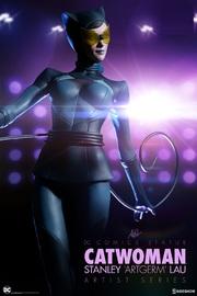 "DC Comics: 17"" Catwoman - Artist Series Statue"