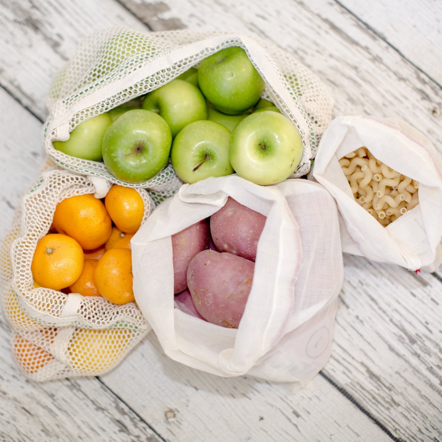 Mixed 2 Large and 2 Small Reusable Produce Bags image
