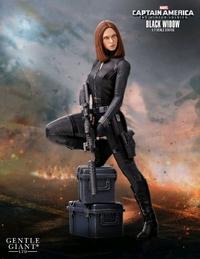 "Marvel: Black Widow - 9"" Scale Statue"