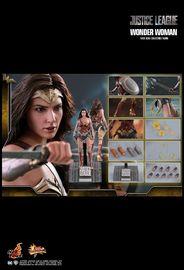 "Justice League: Wonder Woman - 12"" Figure image"