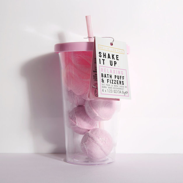 We Live Like This: Shake it Up Bath Puff + Fizzers