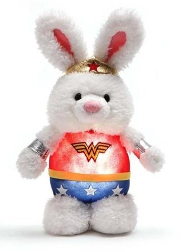 Wonder Woman: Glow-Pal Nightlight - 8-Inch Plush