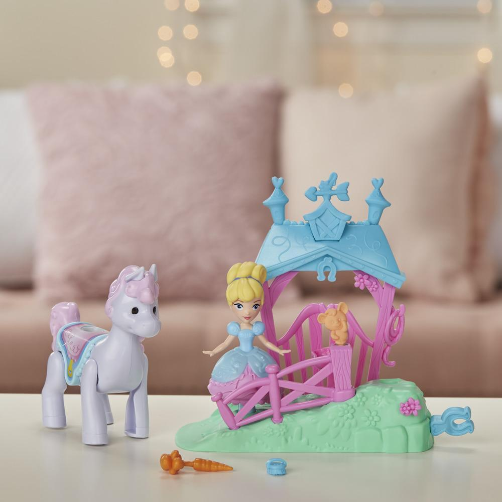 Disney Princess: Magical Movers - Pony Ride Stable image