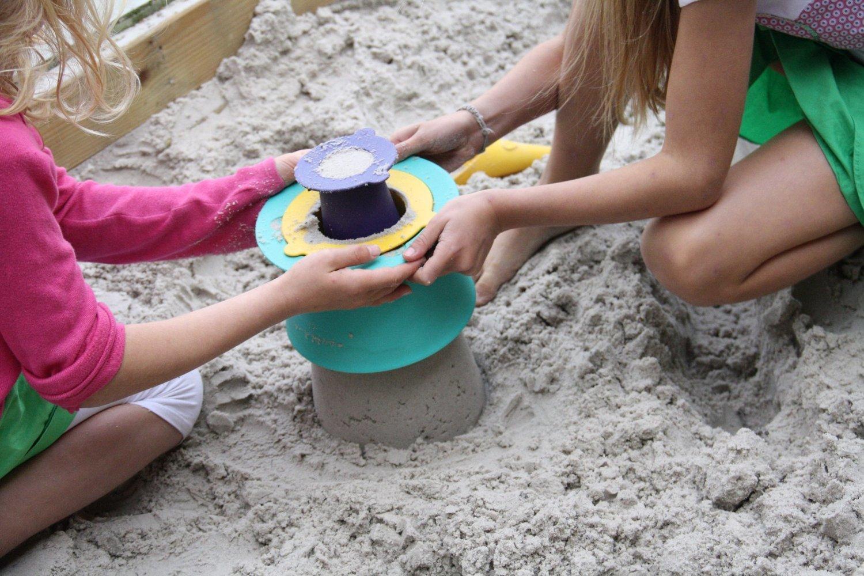 Quut: Alto Stackable Sandcastle image
