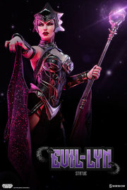 """Masters of the Universe - Evil Lyn 21"""" Statue"""