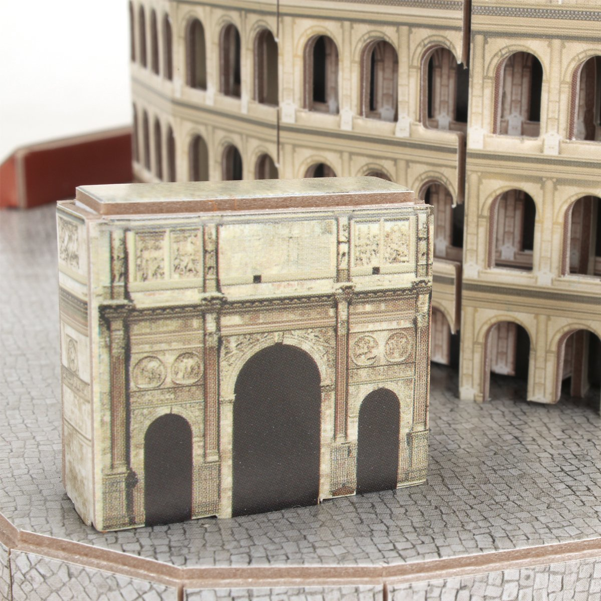 Cubic Fun: National Geographic 3D Model Puzzle - The Colosseum (Rome) image