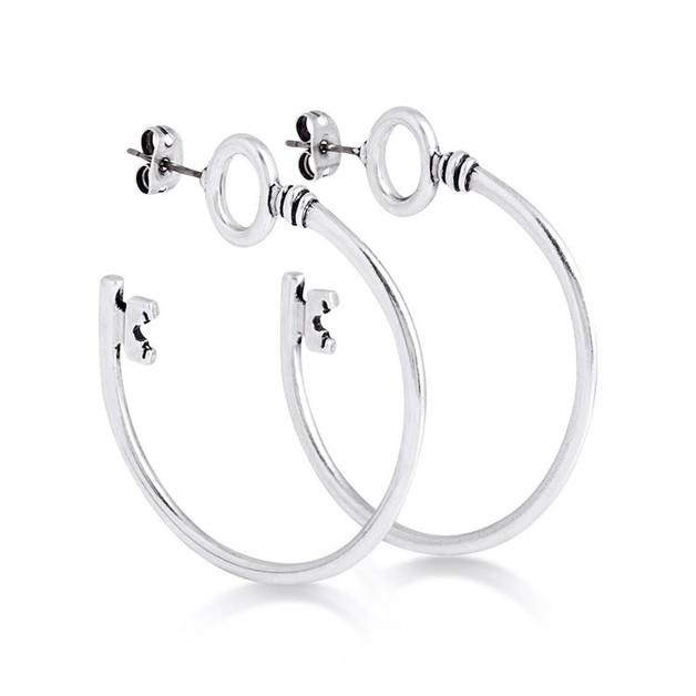 Couture Kingdom: Disney - Alice in Wonderland Key Hoop Earrings (White Gold)