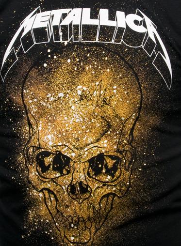 Metallica: Skull Explosion - Black T-Shirt (Small)