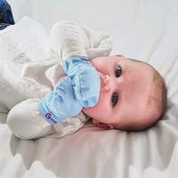 Gummee Mitt - Blue (0-3 Months)