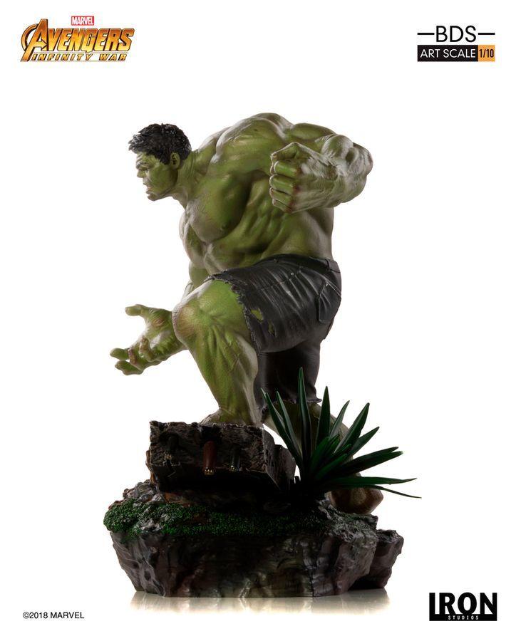 Marvel: 1/10 Hulk - Battle Diorama Statue image