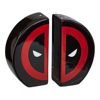 Marvel Salt & Pepper Shakers - Deadpool
