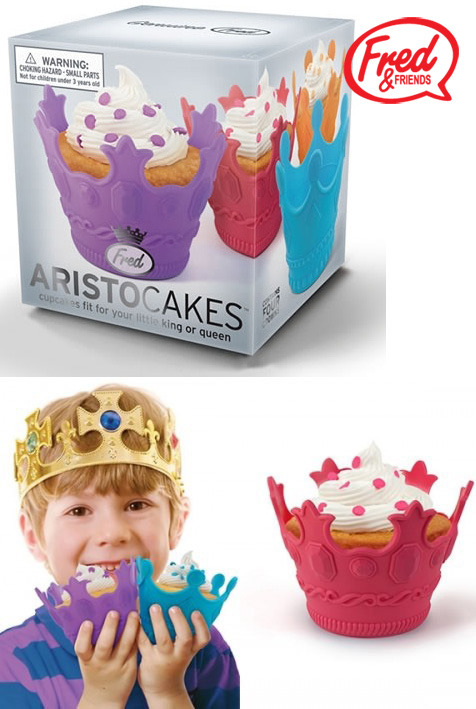 Fred - AristoCakes Crown Cupcake Moulds image