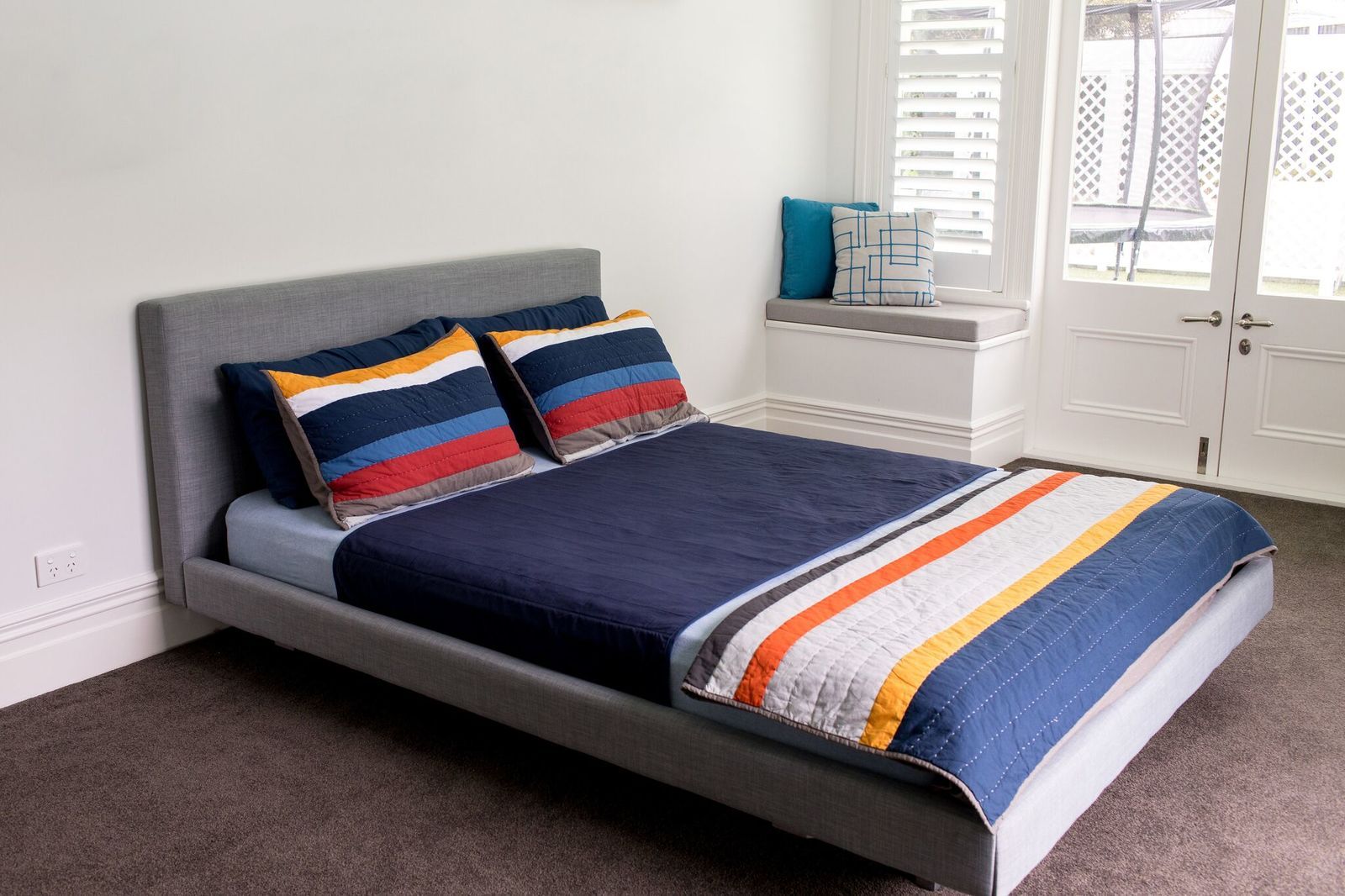 Brolly Sheets: Queen Sheet Bed Pad - Navy image