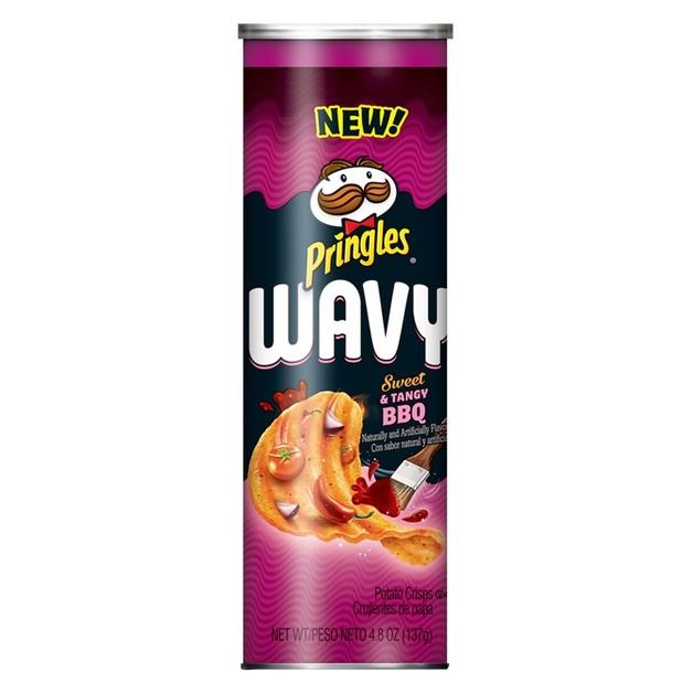 Pringles Wavy - Sweet & Tangy BBQ (137g)
