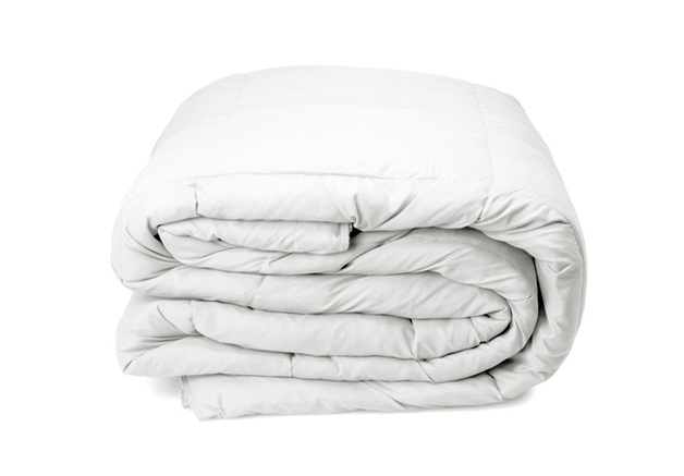 Royal Comfort: Goose Feather & Down Quilt - Queen (500GSM)