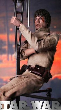 Star Wars Luke Skywalker Bespin Outfit Action Figure Set - DX Series