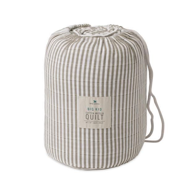 Little Unicorn: Big Kids Cotton Muslin Quilt - Grey Stripe