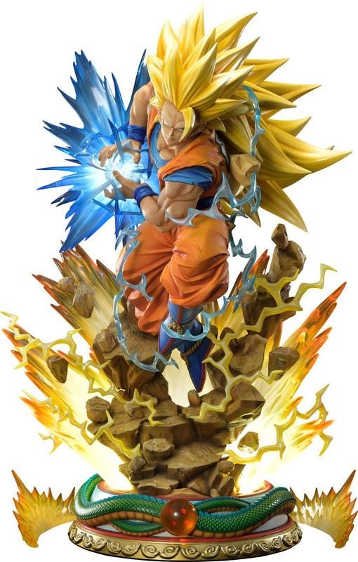 """Dragon Ball Z: Super Saiyan Son Goku (Deluxe Ver.) - 26"""" Premium Statue"""