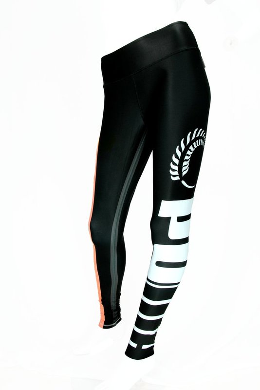 Puma: Silver Ferns Training Tights Black/Peach (152)