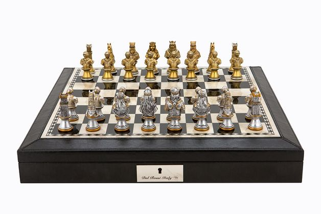 "Dal Rossi: Resin Medieval Warriors - 18"" Chess Set (PU Black)"