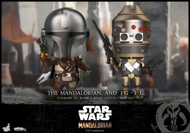 Star Wars: The Mandalorian & IG-11 - Cosbaby Figure Set