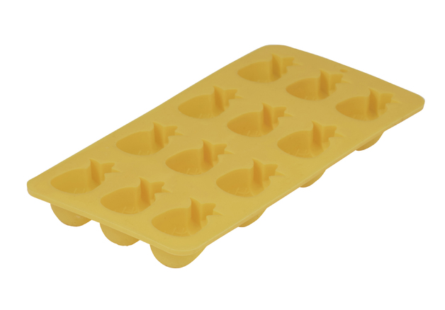 Bouffants & Broken Hearts: Tropical Pineapple Ice Mould (21.5x11x2.3cm/Makes 12 Ice Cubes)
