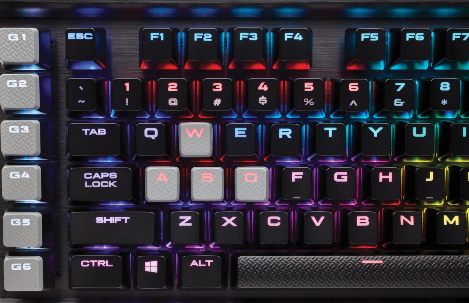 Corsair K95 RGB Platinum Gaming Keyboard (Cherry MX Speed) for PC Games image