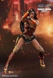 "Justice League: Wonder Woman - 12"" Deluxe Figure image"