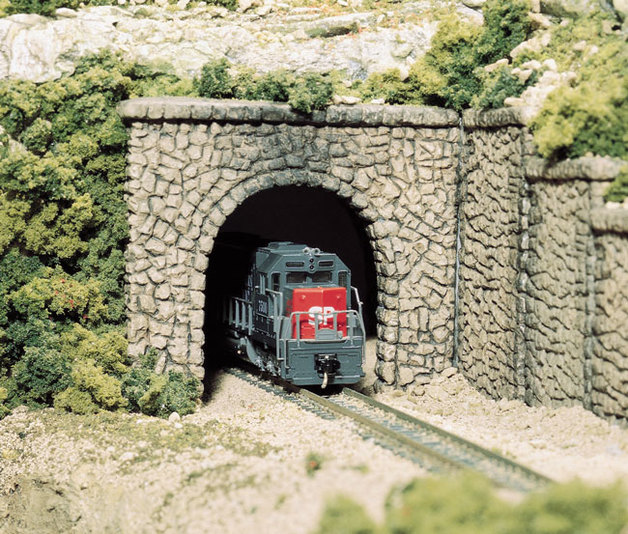 Woodland Scenics Random Stone Tunnel Portal
