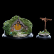 Lord of the Rings: 5 Hill Lane - Hobbit Hole Statue