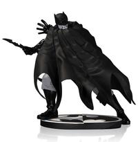 Batman Black & White Statue by Dave Johnson