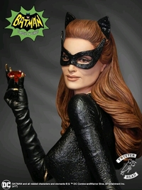 "Batman (1966): Catwoman (Ruby Edition) - 12"" Maquette"