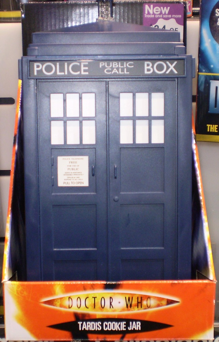 Doctor who tardis talking cookie jar at mighty ape nz - Tardis cookie jar ...