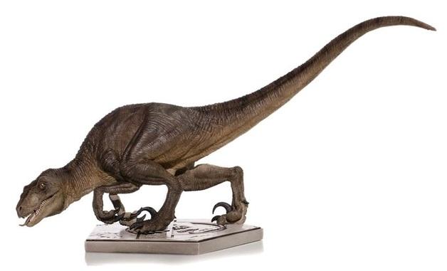 Jurassic Park: 1/10 Velociraptor (Crouching) - Art Scale Statue