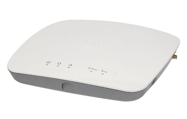Netgear: WAC720 ProSafe Dualband 2 x 2 AC1200 Access Point