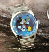 Mickey and Minnie 90th Anniversary: Cut Crystal Wristwatch - Mickey -