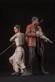 Star Wars: The Force Awakens - Rey and Finn ArtFX+ Statue Set