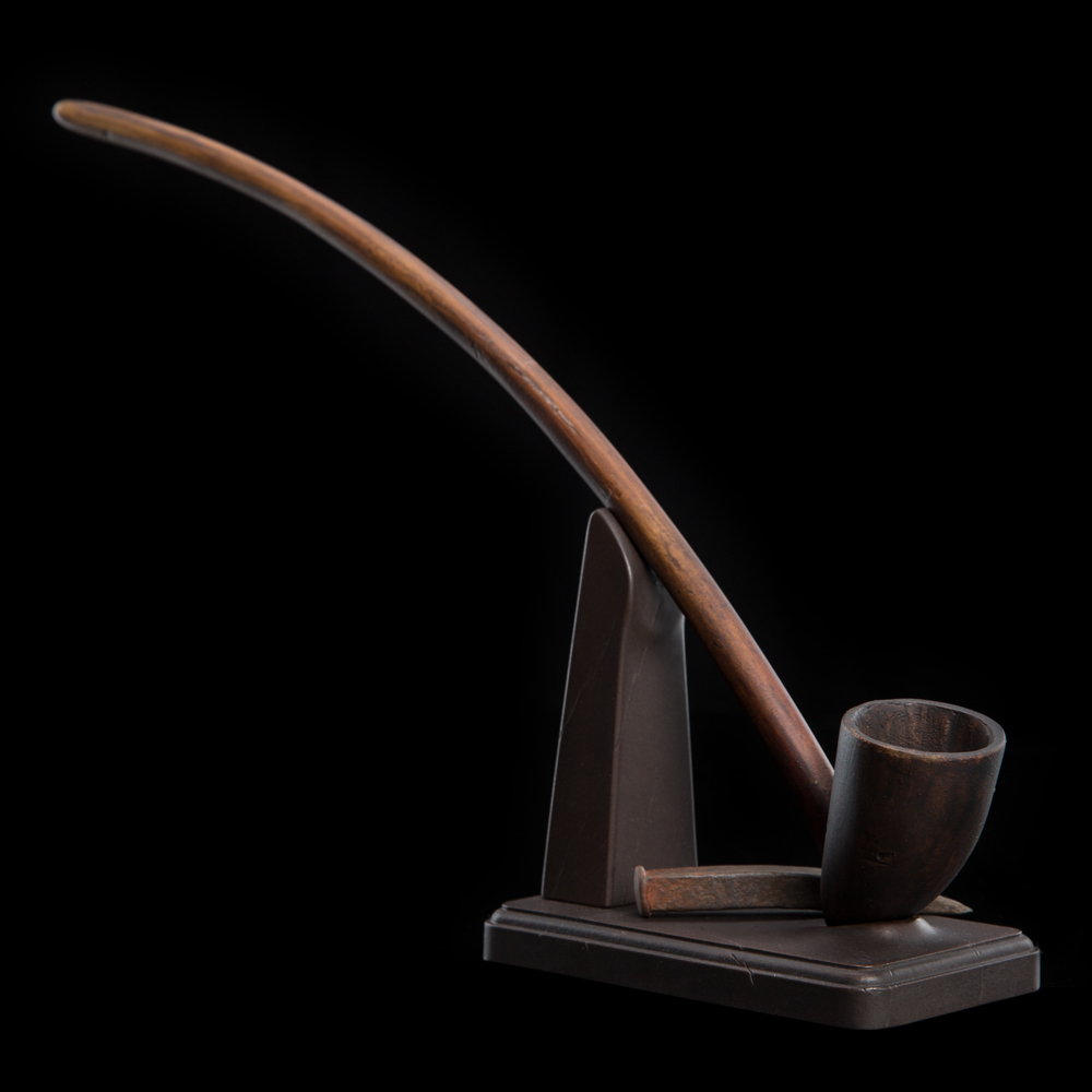 "The Hobbit ""Pipe of Gandalf the Grey"" Prop Replica - by Weta image"