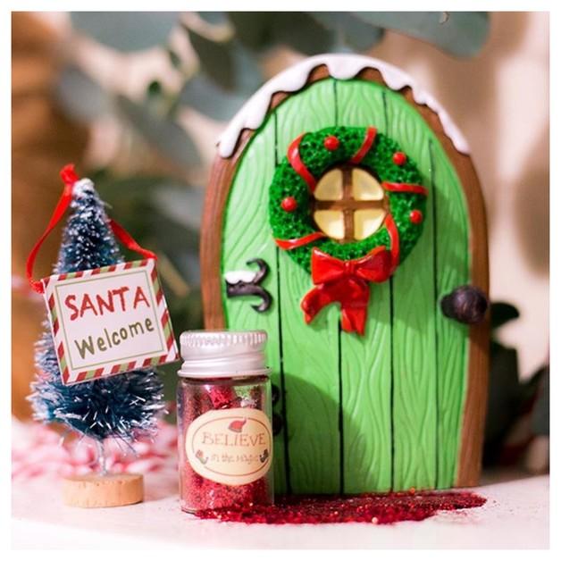 Christmas Elf Door - Green