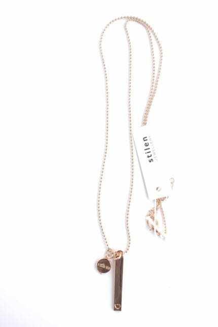Stilen: Kadie rose necklace
