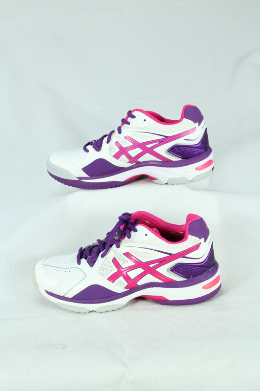 ASICS NetBurner Netball Shoes 17D (US Size 7.5)
