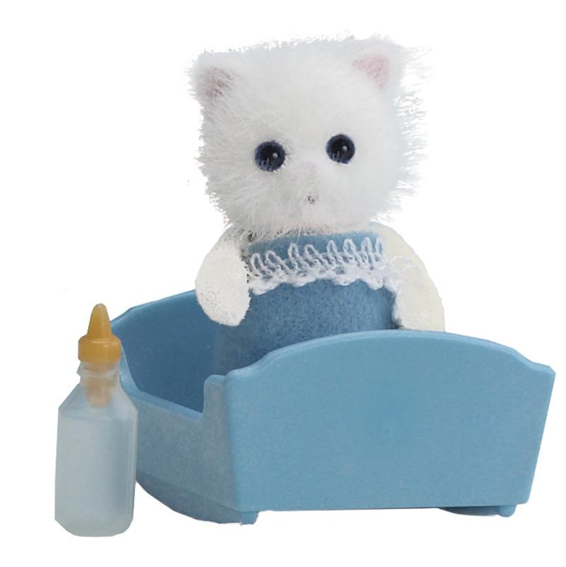 Sylvanian Families: Persian Cat Baby with Crib